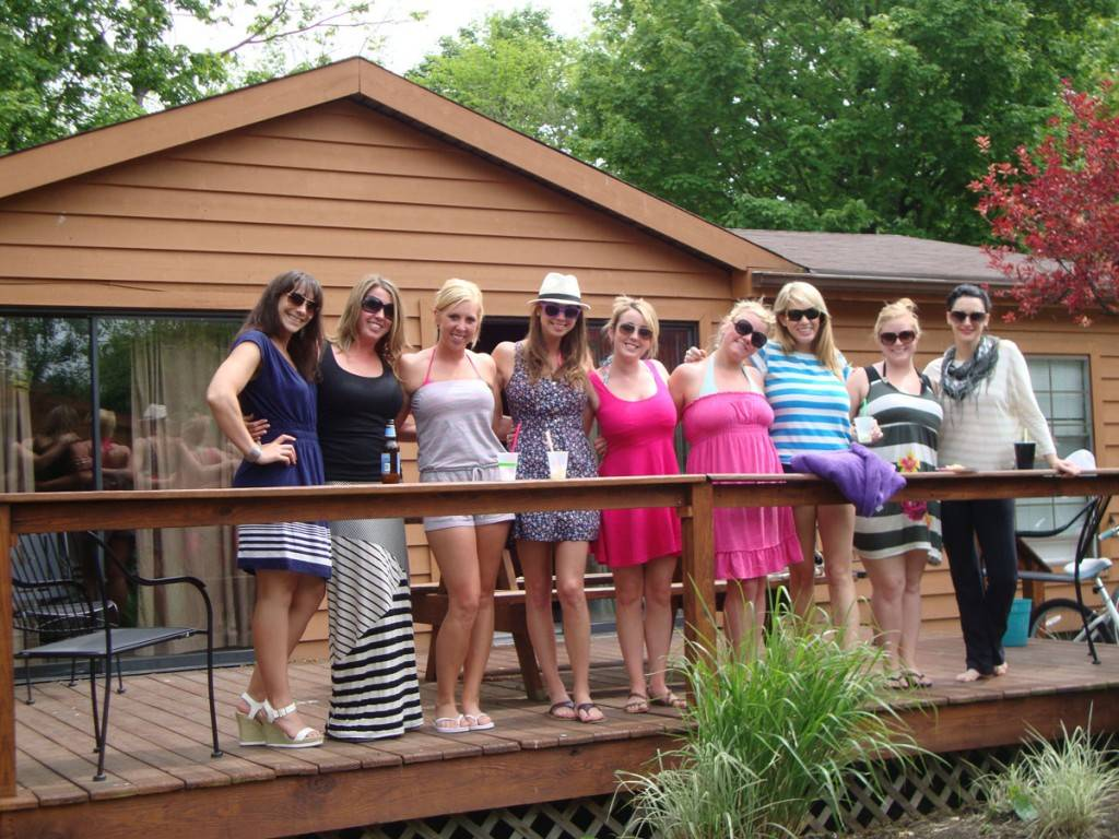 bachelorettes at island club