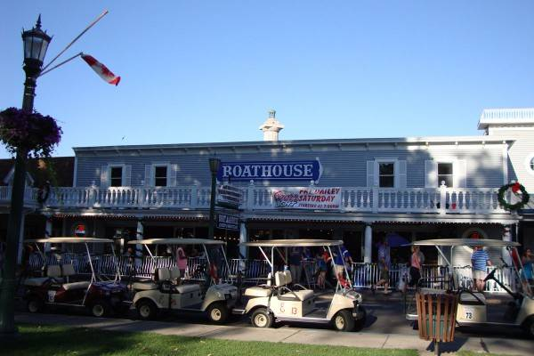 boathouse bar