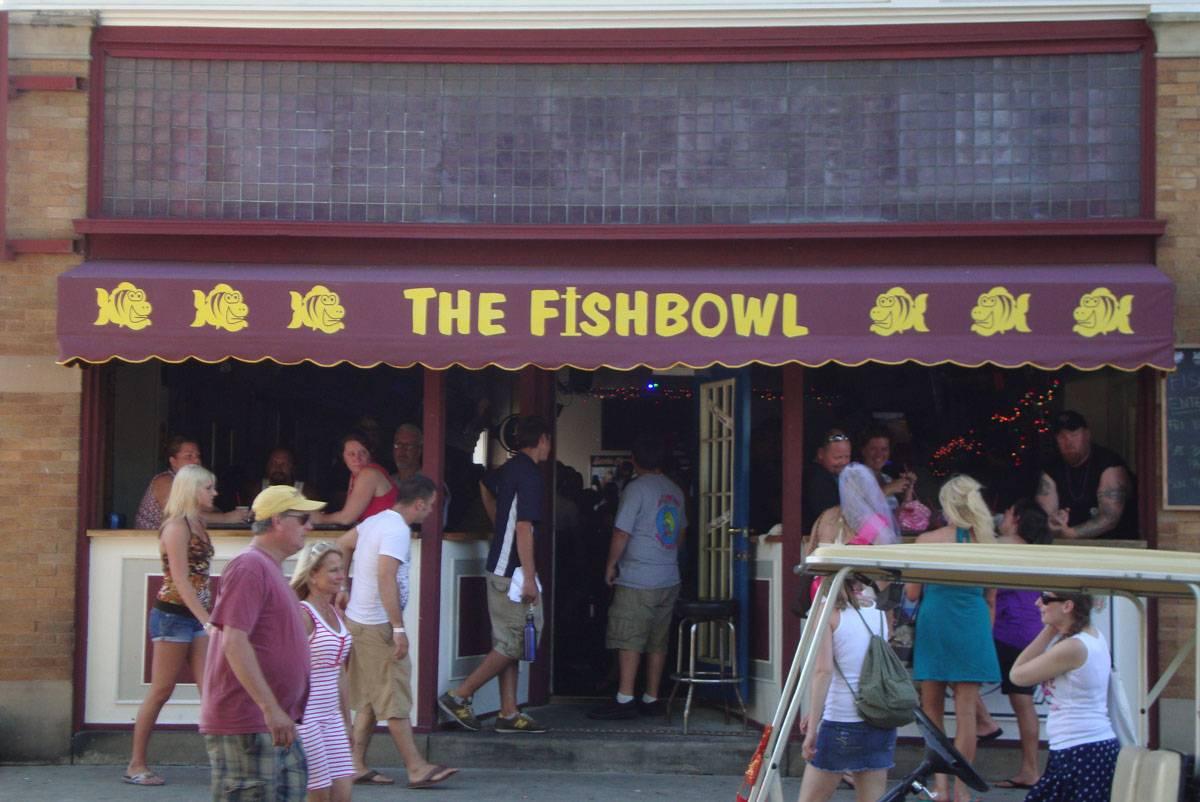fishbowl bar