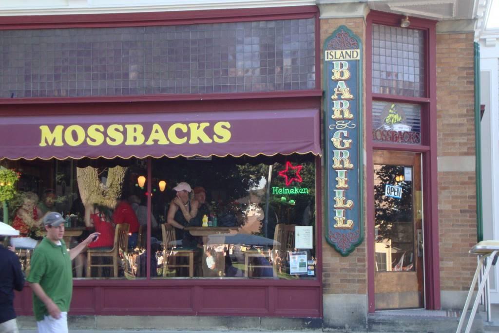 mossbacks restaurant