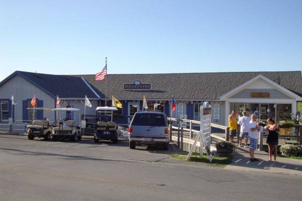wharfside boating shop