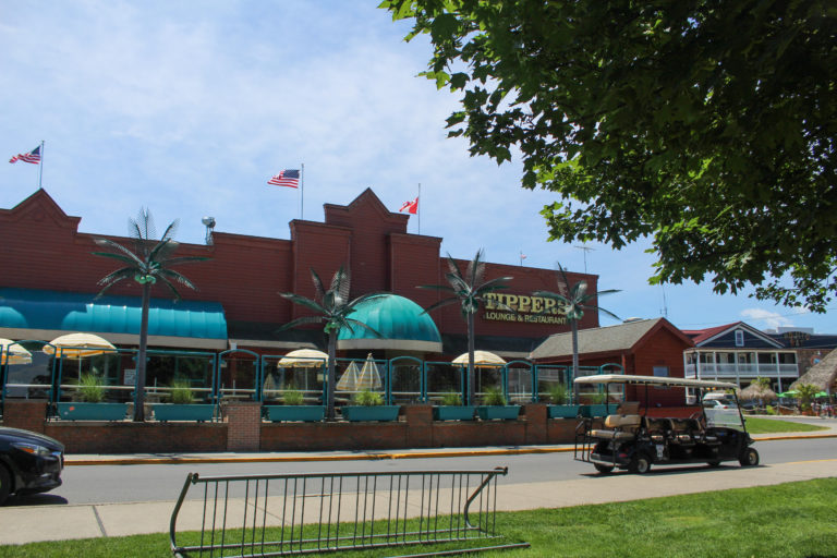 tippers steak house dining