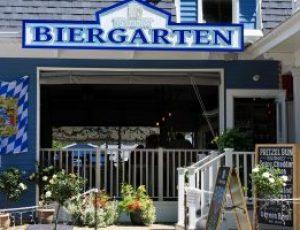 Biergarten at the Boathouse