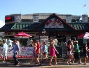 Mr. Ed's Bar & Grille